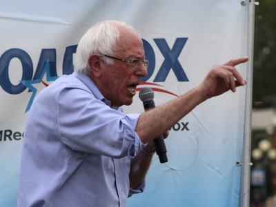 Sanders at the 2019 Iowa state fair