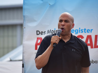 Corey Booker at ISF 2019 soapbox 4