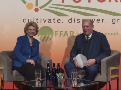 Stabenow with Al Gore at Foster our Future 2020