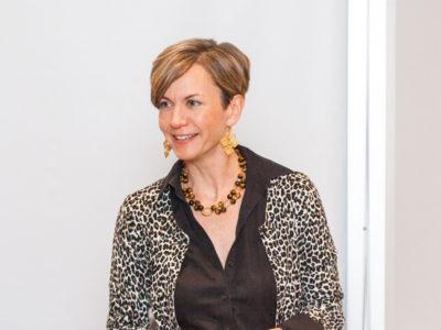 Julie Anna Potts