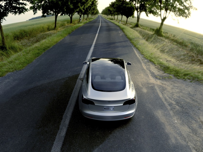 Manufacturers Look To Move Electric Cars To Mainstream