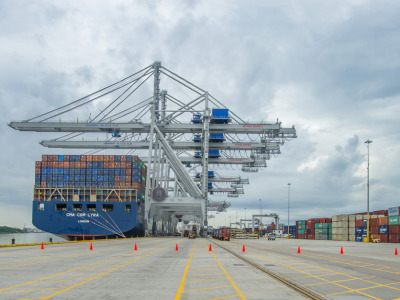 Shipcontainertrade1