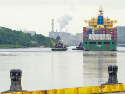 Shipcontainertrade2