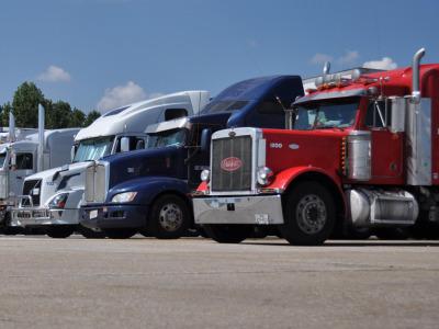 Semi_trucks