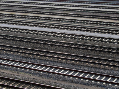 Train_tracks_rail_road
