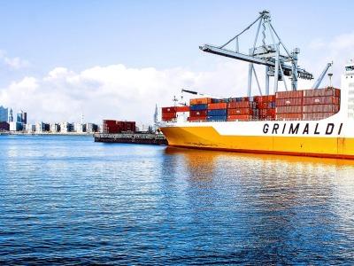 Trade_ship_836